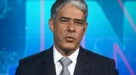 Bonner comete erro ao vivo no Jornal Nacional