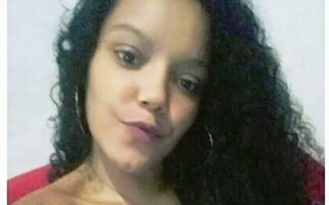 Lauriane Bastos de Araújo tinha apenas 16 anos e foi morta dentro de casa, em Feira de Santana, na Bahia.