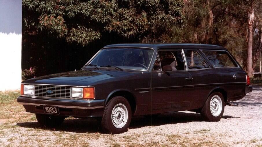 A perua Chevrolet Caravan também teve requinte como o sedã com acabamento caprichado e boa dose de força no motor