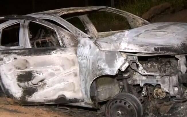 Ex é o principal suspeito na morte de mulher carbonizada em carro em Campinas
