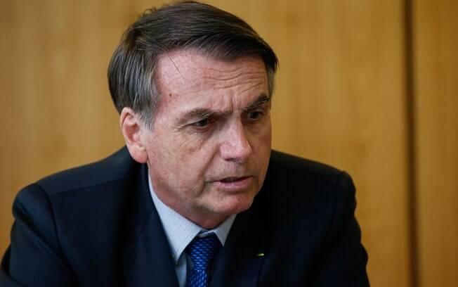 """""""O partido tem de ter consciência. Não são todos, é uma minoria. Logo depois da minha eleição, eu dei carta branca para apurar qualquer tipo de crime de corrupção e lavagem de dinheiro.""""; afirmou Jair Bolsonaro"""