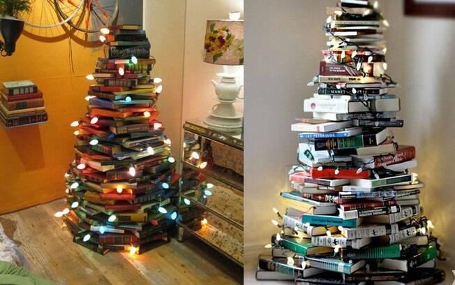 E quem disse que os livros não podem ser transformados em árvores de Natal?