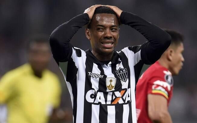 Atacante Robinho atualmente está no Atlético-MG