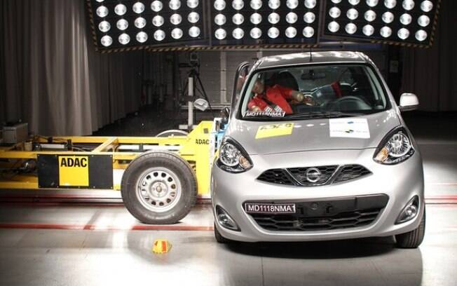 Fragilidade estrutural do Nissan March deixou a desejar para a proteção contra colisões