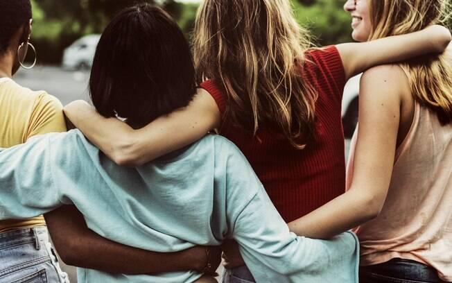 A afinidade entre os amigos pode ser explicada pela astrologia