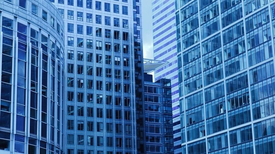 Com Selic no radar, bancos encarecem financiamento imobiliário