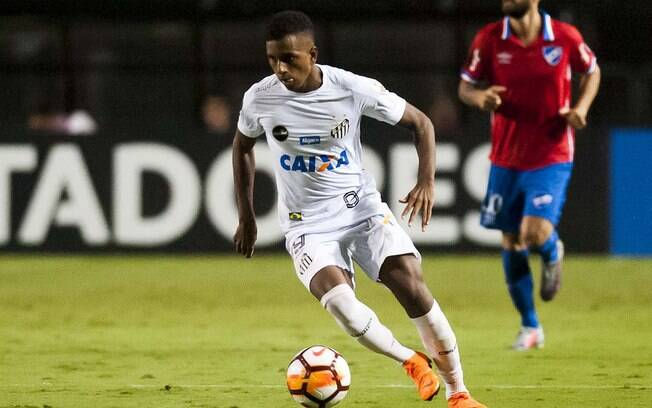 Rodrygo, atacante de 17 anos do Santos