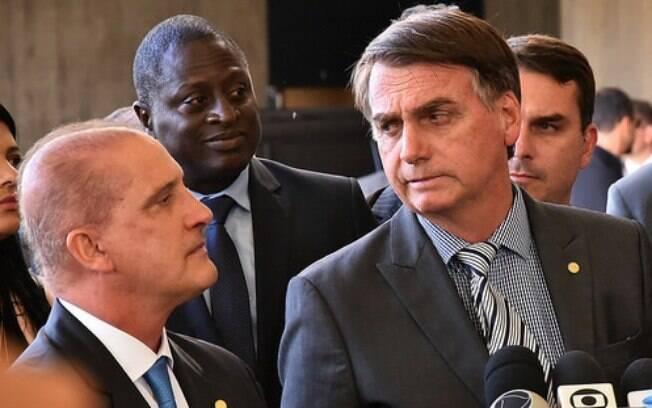 Bolsonaro demonstra preocupação com o pagamento por ações judiciais em que Gustavo Bebianno atuou como advogado