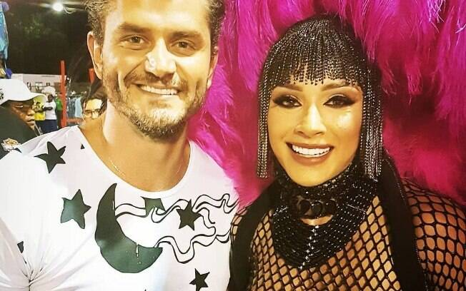 Marcos Harter com Juju Salimeni