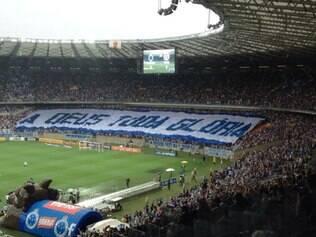 Mensagem foi exibida na entrada do Cruzeiro ao gramado do Mineirão