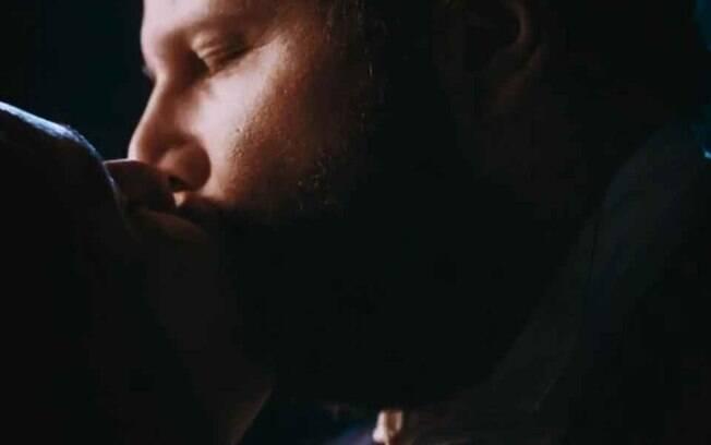 Nos Tempos do Imperador: Luísa desiste de partir, Dom Pedro II se declara e Thereza Cristina flagra beijo