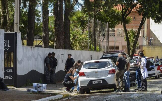 Carro usado pelos atiradores passou por perícia e esteve em um estacionamento antes do massacre em Suzano