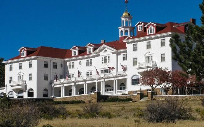 Só os fortes e destemidos aceitarão o desafio de passar uma noite em um dos hotéis mais assombrados do mundo, o Stanley Hotel
