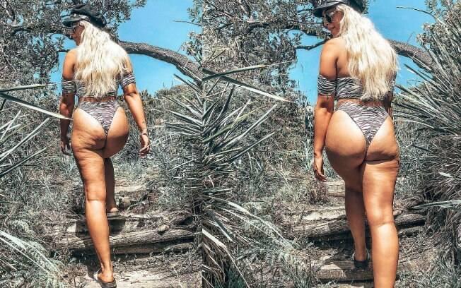 Em publicação anterior, a influenciadora australiana falou sobre a relação com o corpo e cita as estrias e celulite