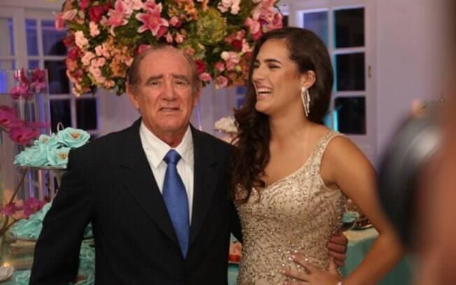 Lívian Aragão com o pai, Renato Aragão
