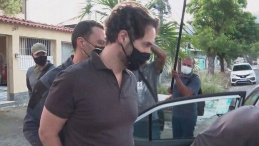 Jairinho sendo preso