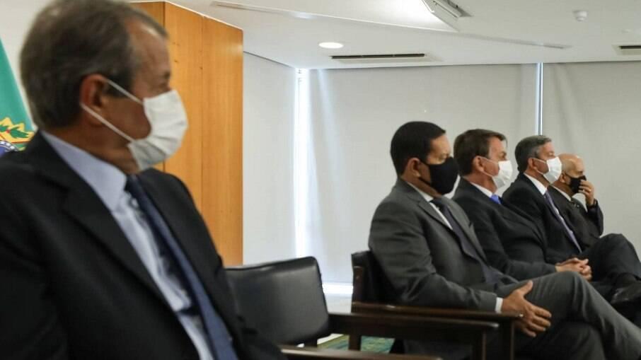 Valdemar da Costa Neto participou da cerimônia de posse da deputada Flávia Arruda (PL-DF) na Secretaria de Governo