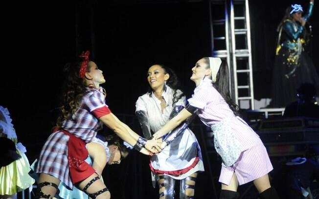 Taís Araújo com suas colegas de cena Leandra Leal e Isabele Drummond