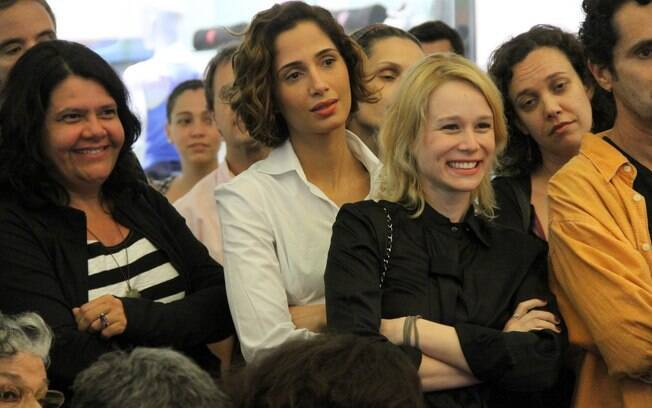 Camila Pitanga e Mariana Ximenes marcaram presença