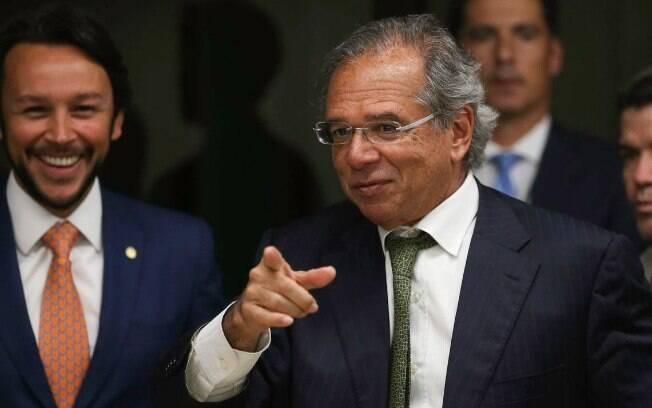 Carioca, Paulo Guedes é mestre e doutor pela Universidade de Chicago (EUA) e já foi professor da PUC-Rio e da FGV