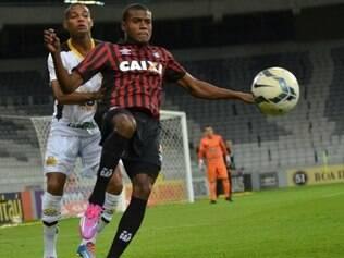 Furacão jogou sem torcida na Arena da Baixada, por conta de punição sofrida
