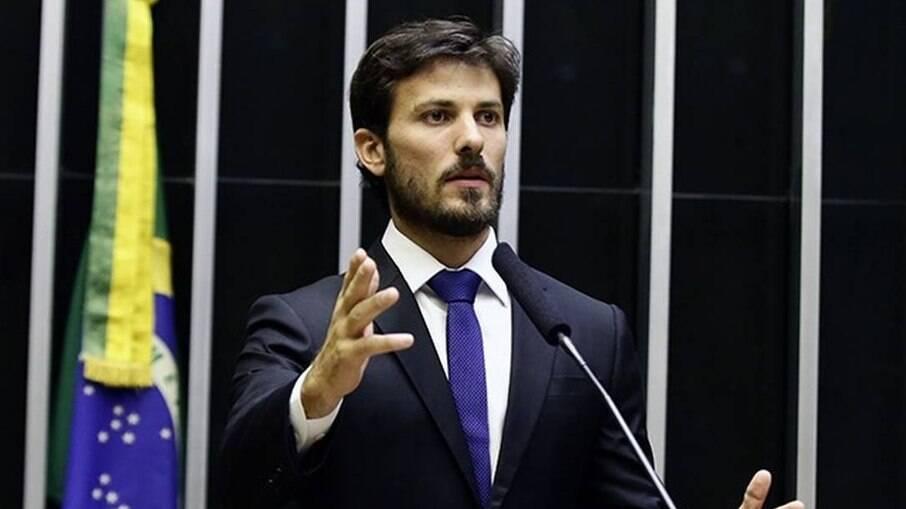 Marcelo Aro é relator da proposta do Auxílio Brasil na Câmara dos Deputados