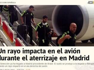 Raio atingiu asa do avião e causou alvoroço entre os passageiros
