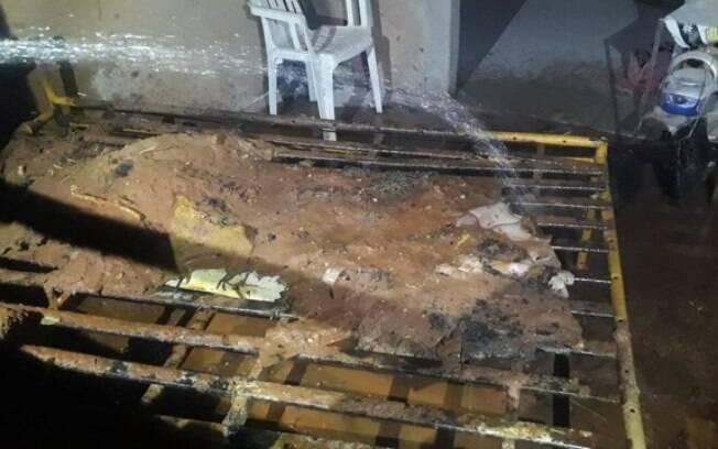 Mulher fingiu que estava dormindo e conseguiu fugir de incêndio pela janela