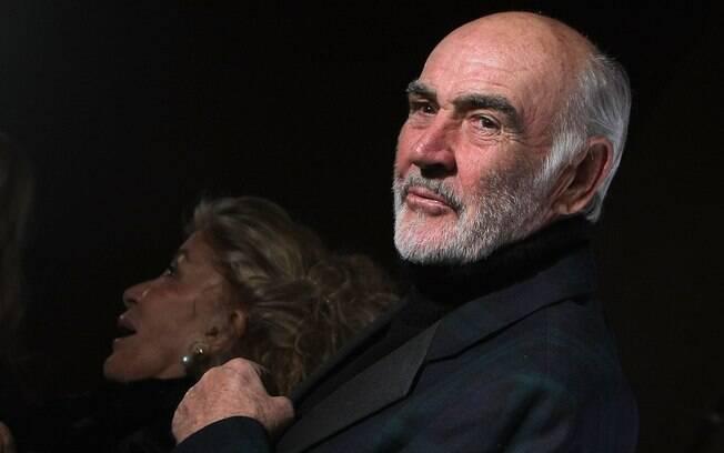 Antes da fama, Sean Connery trabalhou como entregador de leite e até polindo caixões