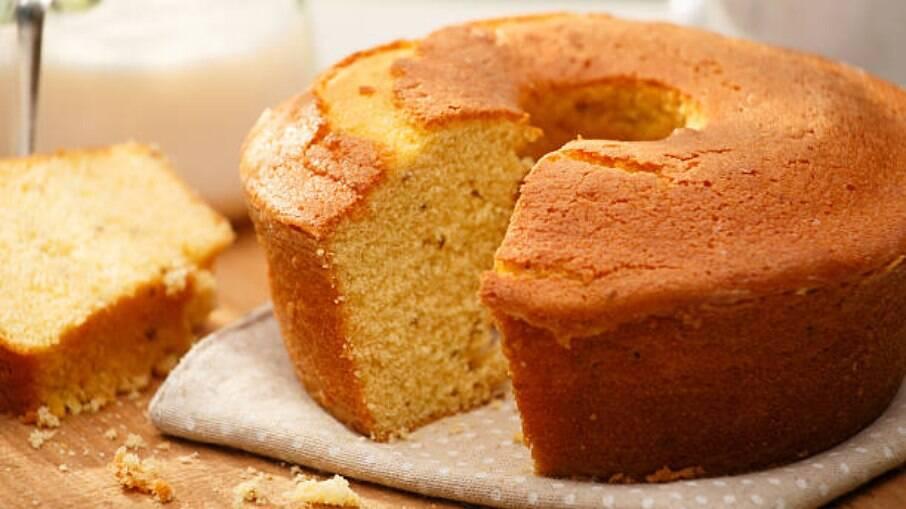 Saiba como fazer bolo de laranja na sua airfryer