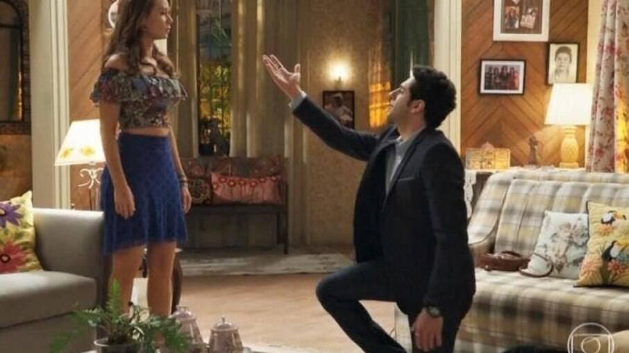 Beto pede Tancinha em casamento