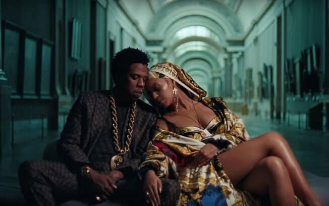 Beyoncé e Jay-Z juntos no clipe Apes**t