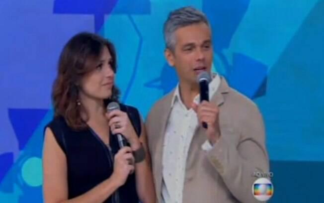 Ela e Otaviano Costa cantam na despedida