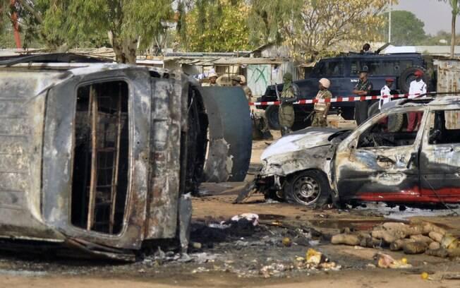 Foram uma série de atentados suicidas em estação de ônibus em Kano, Nigéria (24/02)