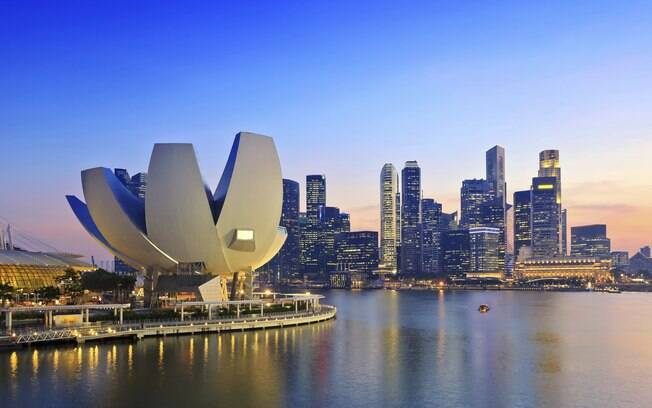 Singapura é um país da Ásia que está na lista dos lugares mais em conta do mês de março