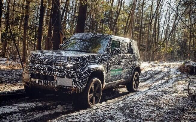 Nova Geração do Land Rover Defender conserva linhas tradicionais do modelo histórico, mas adiciona novas tecnologias