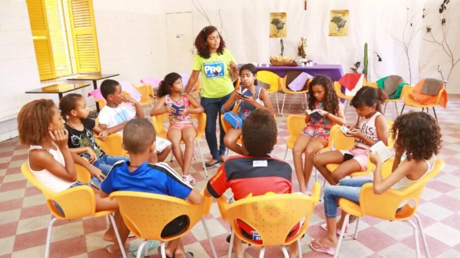 Profissão de Educador social desenvolve práticas pedagógicas com populações vulneráveis socialmente