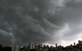 Chuva forte deixa São Paulo em estado de atenção para alagamentos