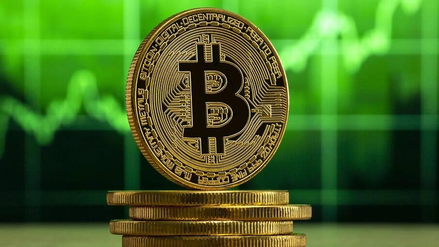 Bitcoin cai 17% no dia em que El Salvador adota criptomoeda experimental