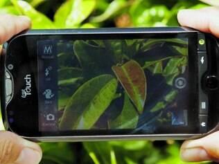 Celular com câmera. Um grande número de celulares com câmera usa uma tecnologia que foi desenvolvida para câmeras espaciais, segundo informações do portal de notícias UOL.
