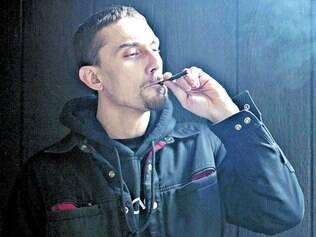 Em público. Por não exalar cheiros, os Juju Joints muitas vezes são consumidos em frente a outras pessoas