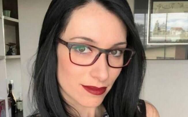 Tatiane Spitzner,29, morta após cair do 4º andar da sacada do prédio em que vivia com Luís Felipe Manvaile