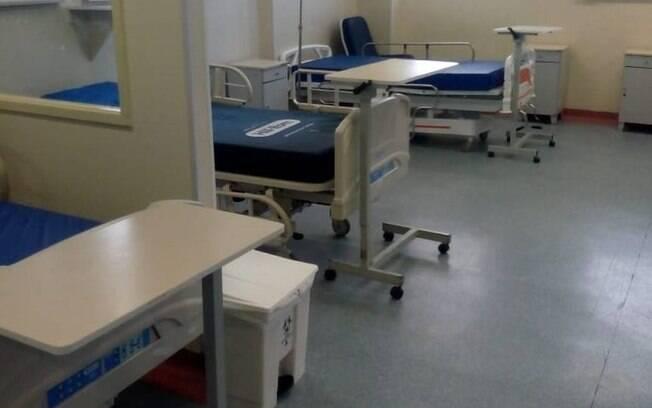 Leitos vazios no Hospital Federal de Bonsucesso