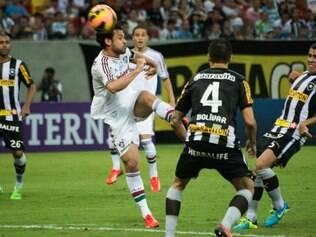 Botafogo chegou aos 13 pontos e atingiu a liderança do Campeonato Brasileiro