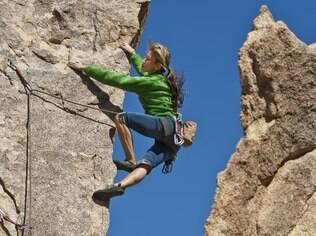 Escalada: manter-se praticando atividades físicas está mais ligado ao prazer do que aos benefícios que ela proporciona à saúde