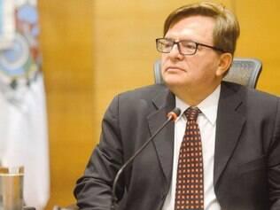 Base. Ministro Herman Benjamin deve utilizar jurisprudência para justificar a não separação da chapa