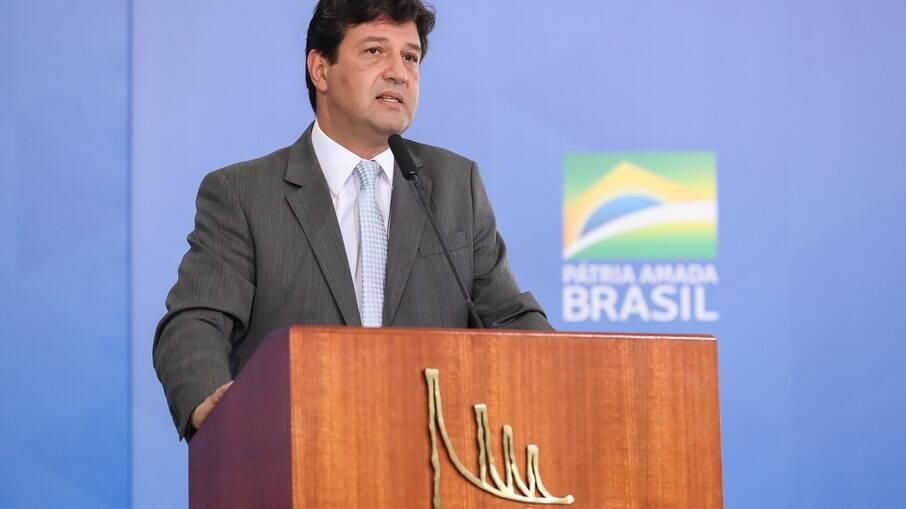 'Bolsonaro tinha um assessoramento paralelo dos filhos', diz Mandetta