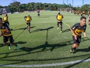 Jogadores do Atlético treinam para o início do Campeonato Mineiro e da Copa Libertadores