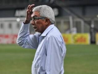 Givanildo Oliveira lamentou lances pontuais que atrapalharam o Coelho no torneio