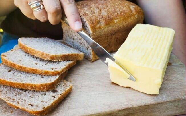 Manteiga aromatizada: 9 dicas para preparar esse condimento
